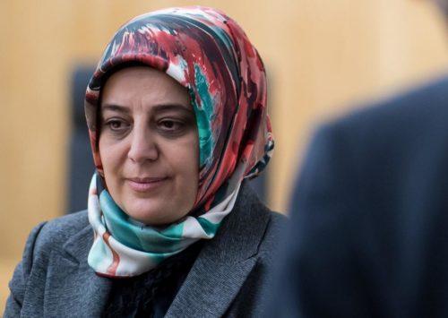Nurhan Soykan: Auswärtiges Amt zieht nach Kritik an Islam-Vertreterin Konsequenzen | DIE WELT